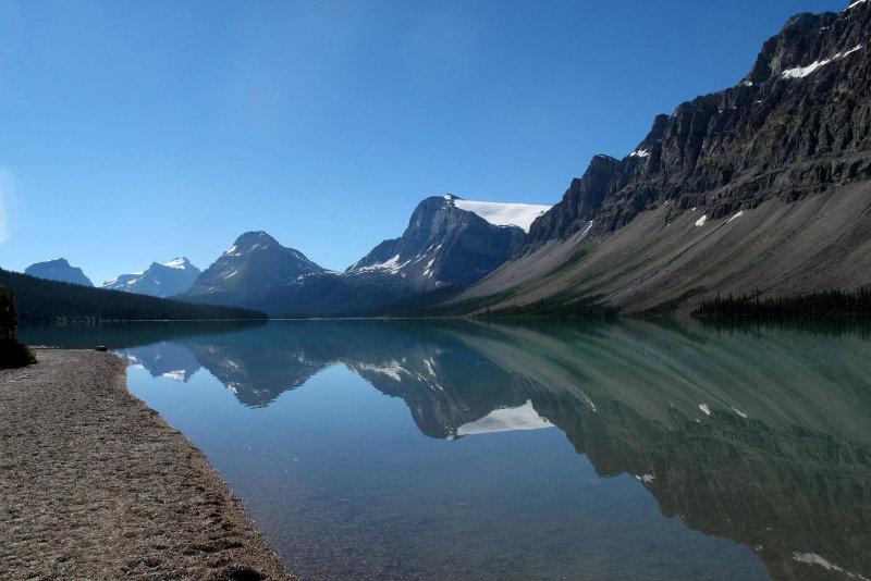 Sigi-White-3-Bow-Lake