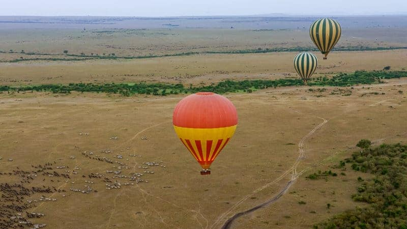 Brian-Mitchell-6-Hot-Air-Balloons-on-the-Masai-Mara