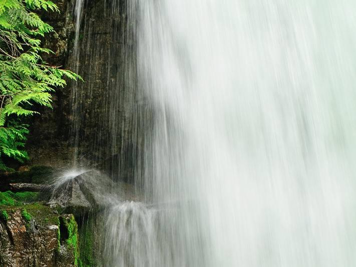 Nowland Robert_05_Waterfall_1026